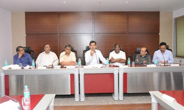 RBI and Nabard Visit- Chairman of NABARD- Dr.Prakash Bakshi , Shri C.D. Shrinivasan-CGM ,RDCD RBI,Mumbai and other senior Officer with RDCC Bank chairman Bhai Jayant Patil